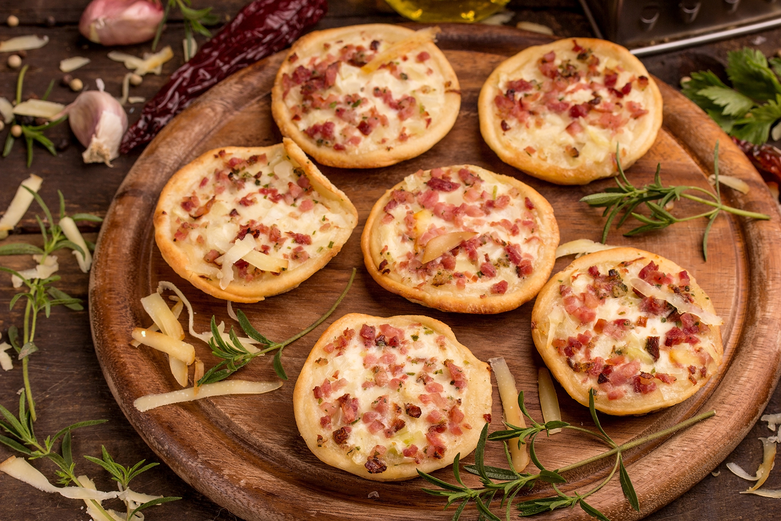 Mini Pizzas with Meat